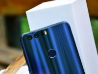 The gorgeous new Honor 8 blends metal, glass and dual cameras in one sweet looking chassis
