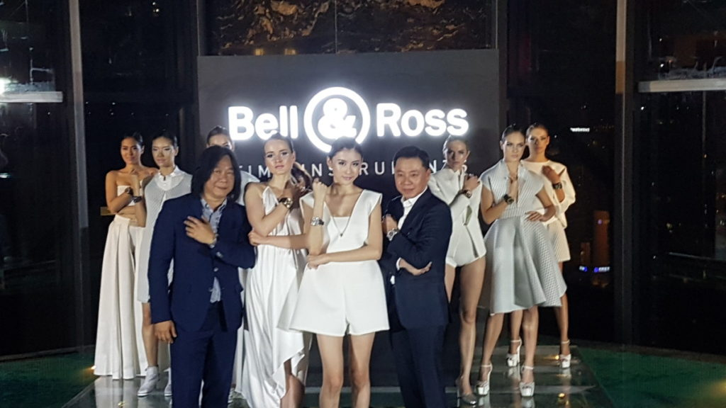 Bell & Ross General Manager of Asia Mr. Tong Chee Wei and the Managing Director of Cortina Watch Malaysia at the launch of the BR-X2