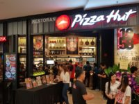Pizza Hut's new digital concept store blends augmented reality and pizza into a tasty new whole