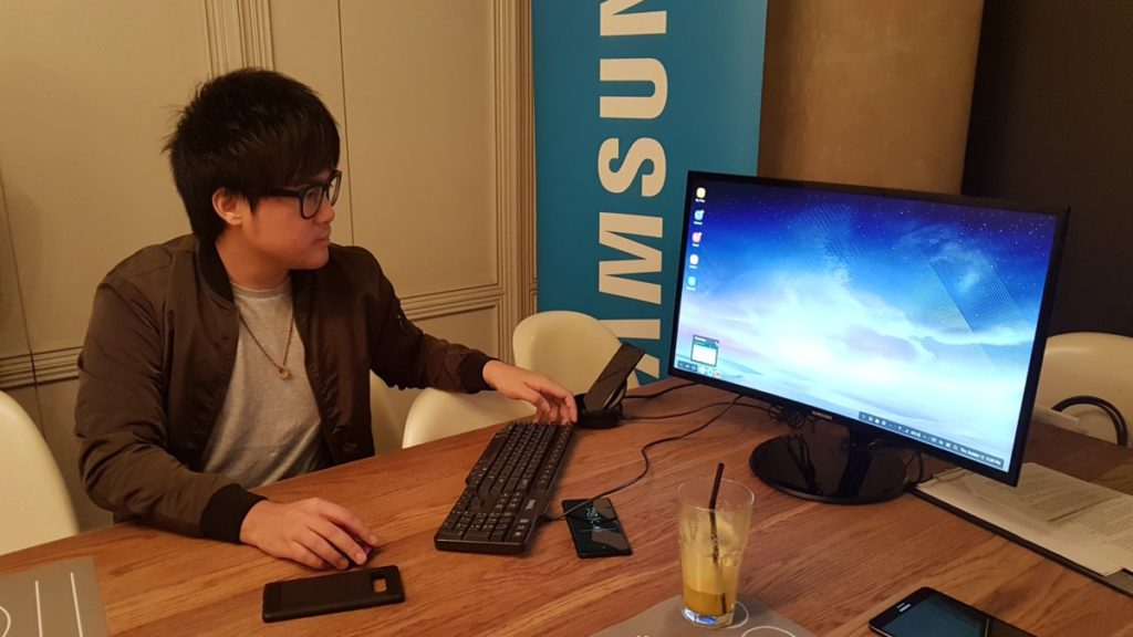 Jinnyboy sharing more about the Samsung DeX dock