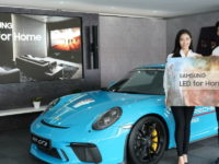 Porsche Experience at Sepang International Circuit elevated to the next level with innovative Samsung display technologies