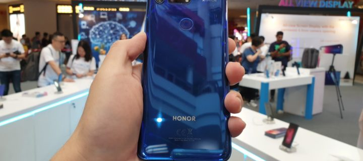HONOR View20 arrives to sellout crowds at One Utama roadshow