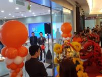 Xiaomi launches second authorised store and the new Mi Mix 2 and Redmi 5A Prime in Malaysia