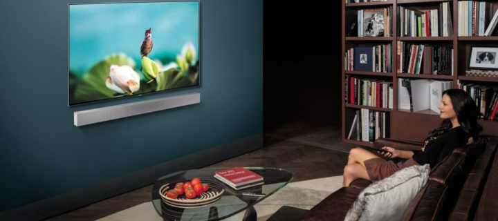 Samsung's new slim NW700+ soundbar packs a built-in subwoofer and more