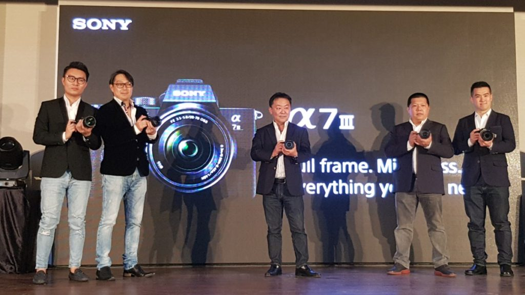 Representatives from Sony Malaysia with the A7 III