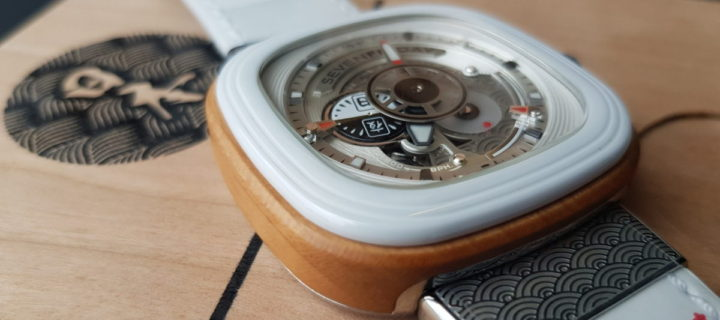 You definitely wood want this SEVENFRIDAY Japan P1B/03 timepiece on your wrist