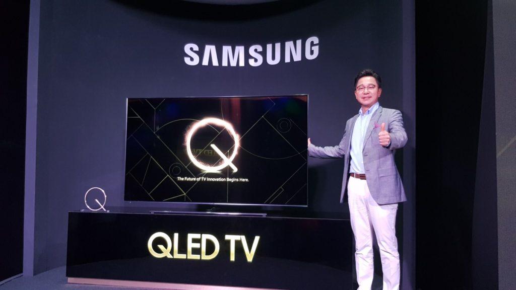 Yoonsoo Kim, President of Samsung Malaysia Electronics showcasing the new Q9F QLED TV