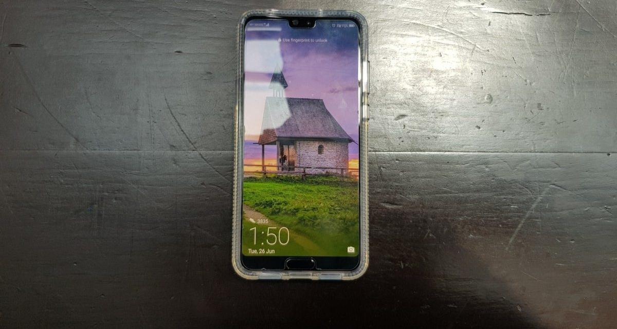 official photos 917ea f47d2 Review] Otterbox Prefix case for Huawei P20 Pro