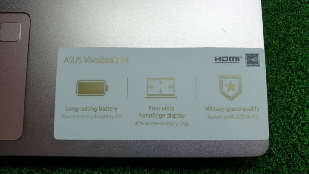 VivoBook Ultra K403 closeup
