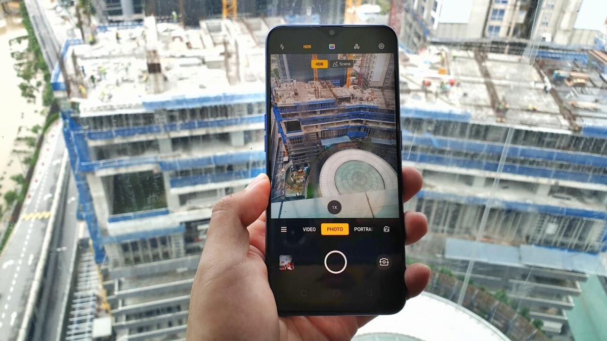 OPPO F11 camera UI