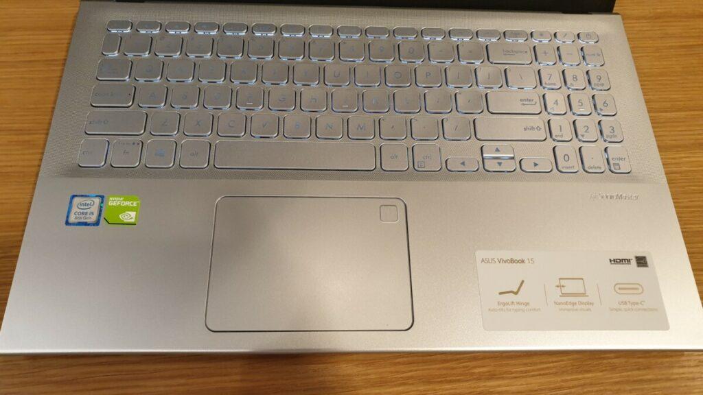 Asus VivoBook A512 keyboard