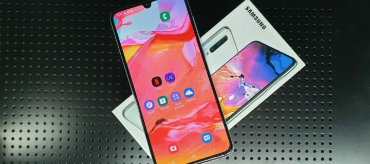 Samsung Galaxy A70 Reviewed – White Knight Delight