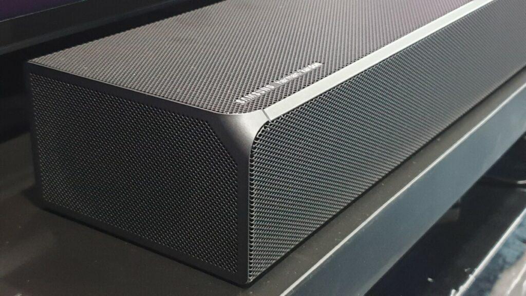 Samsung HW-Q90R logo detail