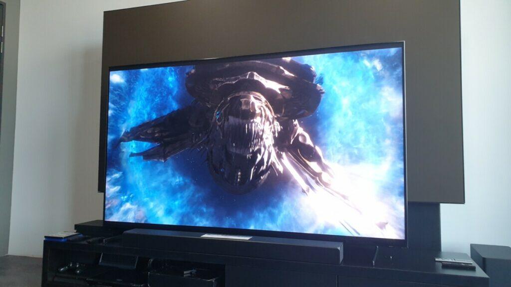 Avengers Q900 QLED TV