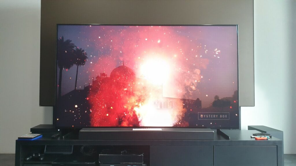 Q900 8K QLED Smart TV
