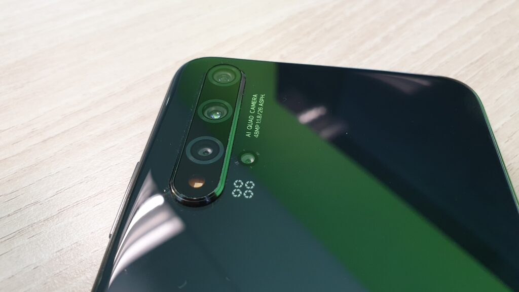 Huawei nova 5T rear camera