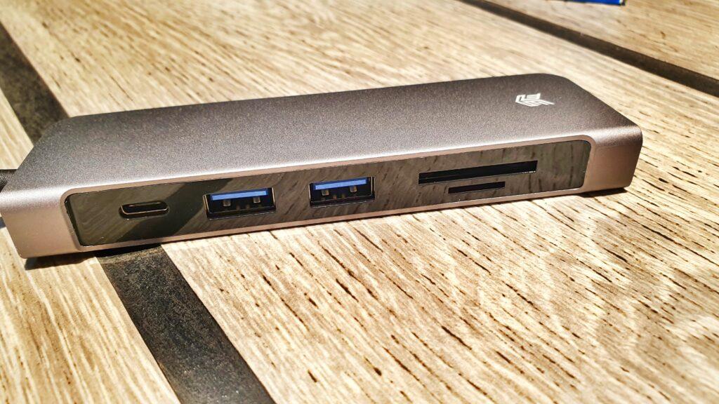 STM USB-C Media Hub ports