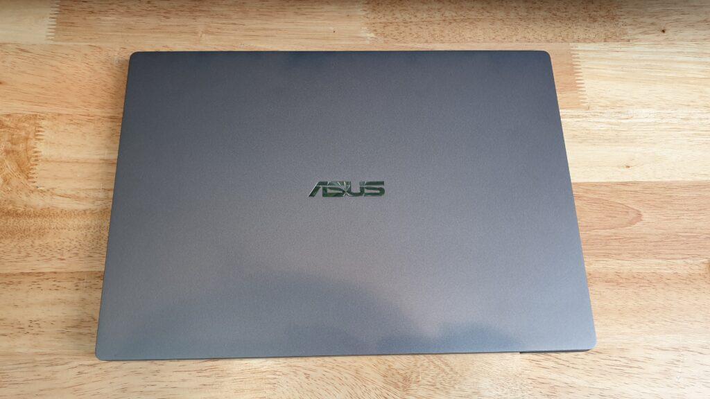 Asus ExpertBook P5440FA top lid
