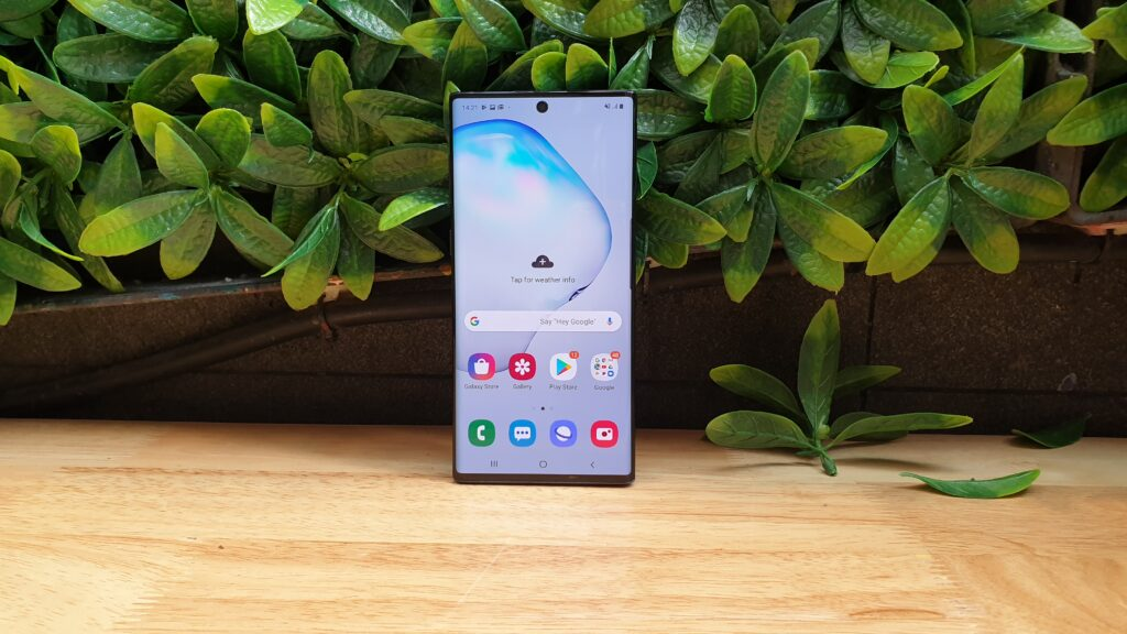 Galaxy Note10 front