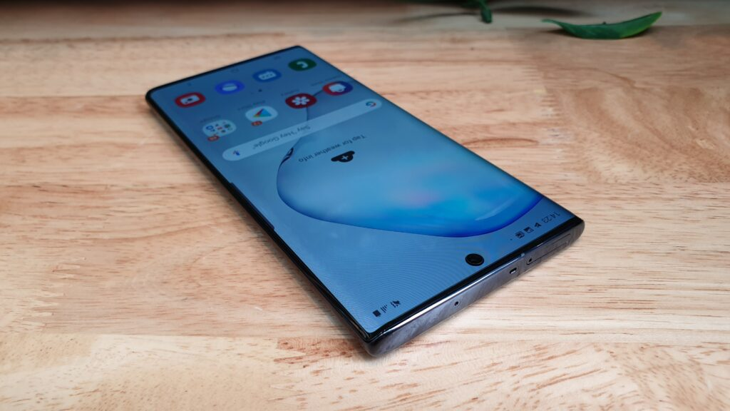 Galaxy Note10 top