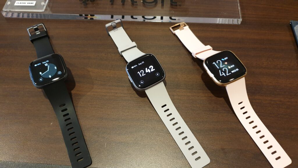 Fitbit versa 2 colours