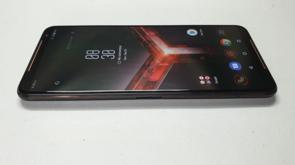 ROG Phone II sides