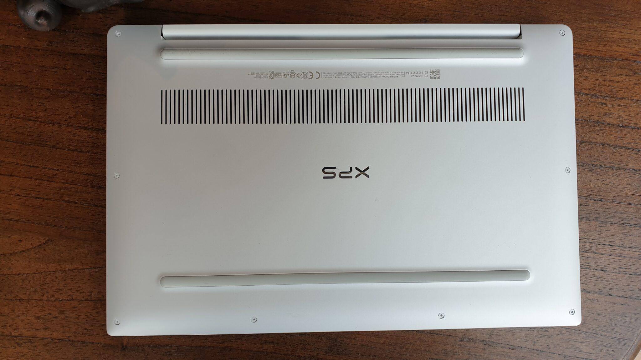 XPS 13 underside