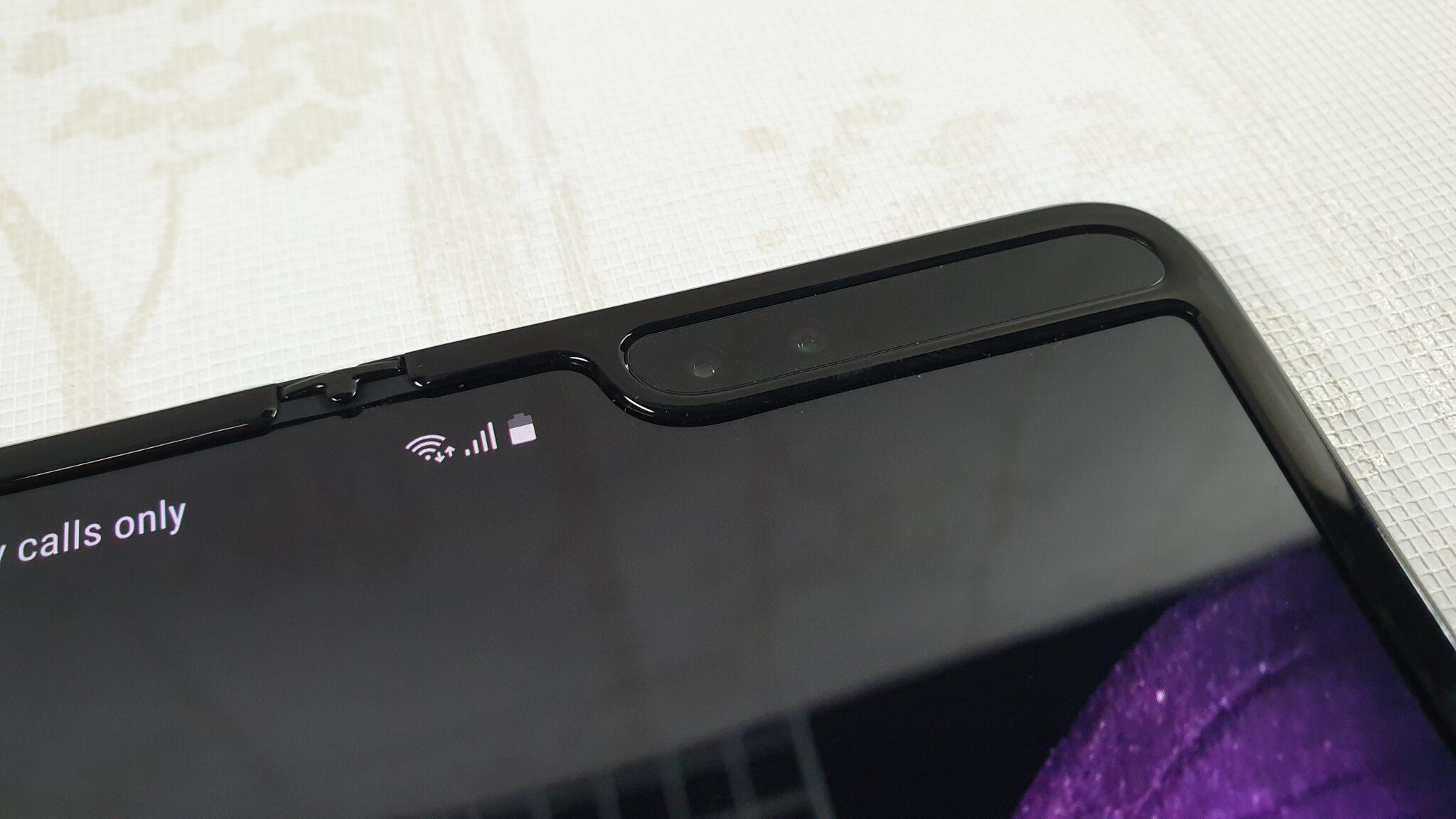 Galaxy Fold selfie cameras