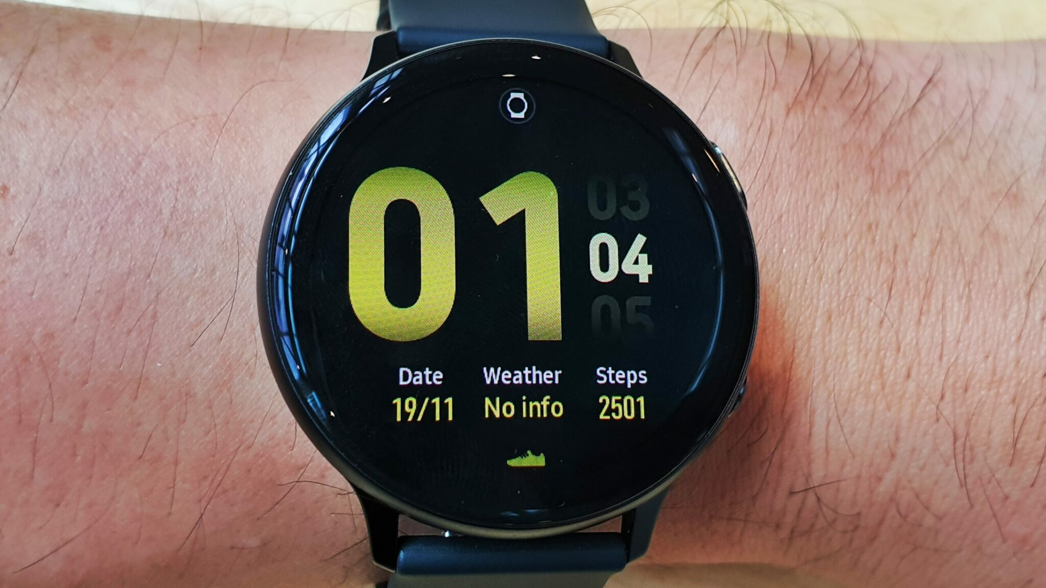 Galaxy Watch Active2 close up