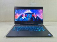 Alienware M17 R2 review – There's light on the dark side (of the moon)