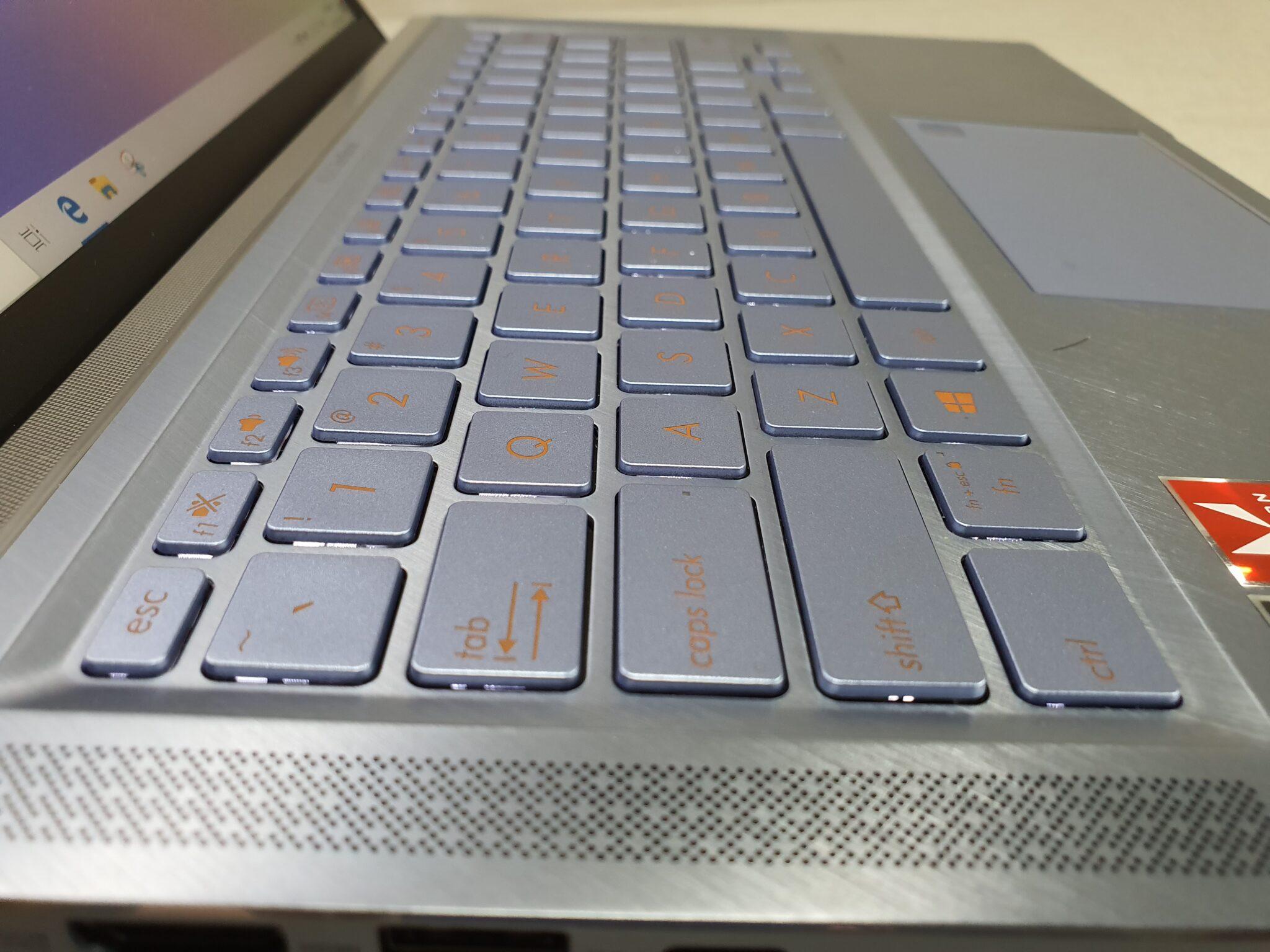 Asus ZenBook 14 UM431 speakers