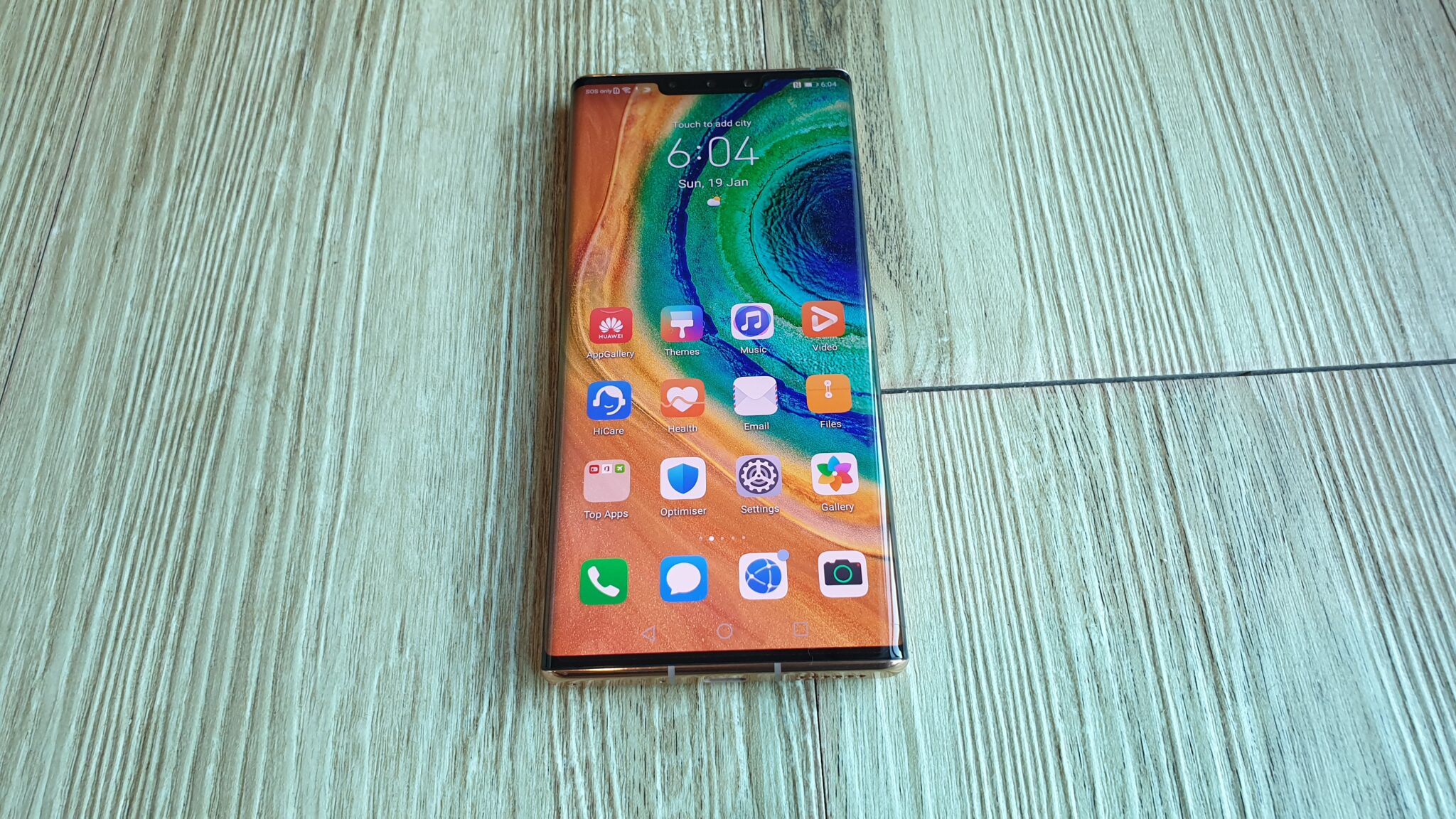 Huawei Mate30 Pro 5G front