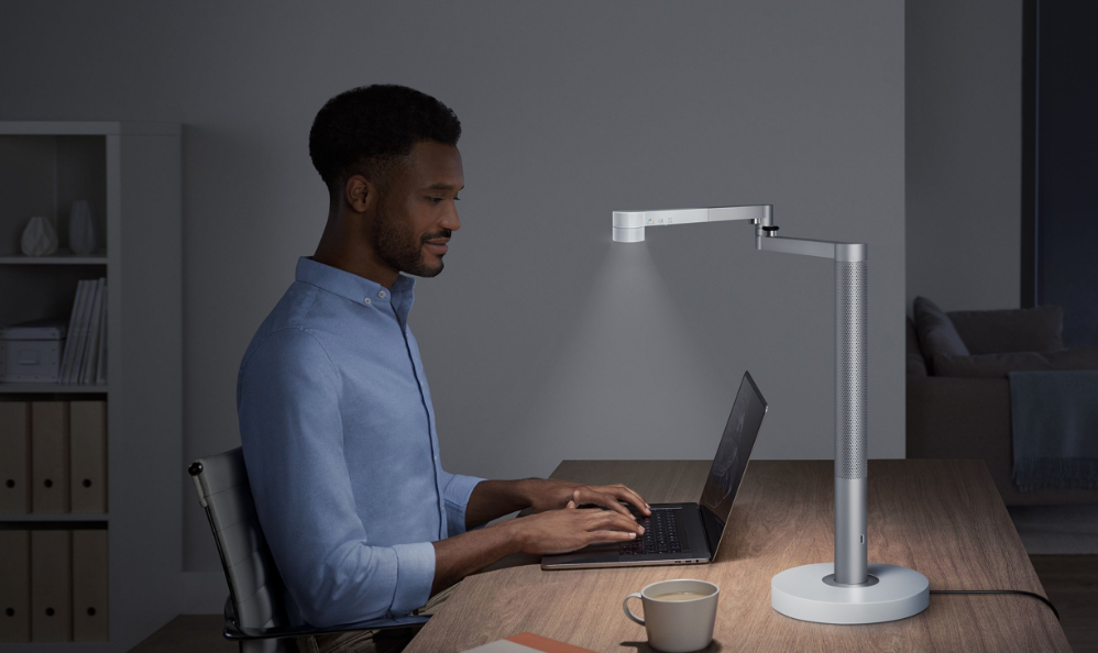 Dyson Lightcycle Morph task light lasts 60 years and looks ...