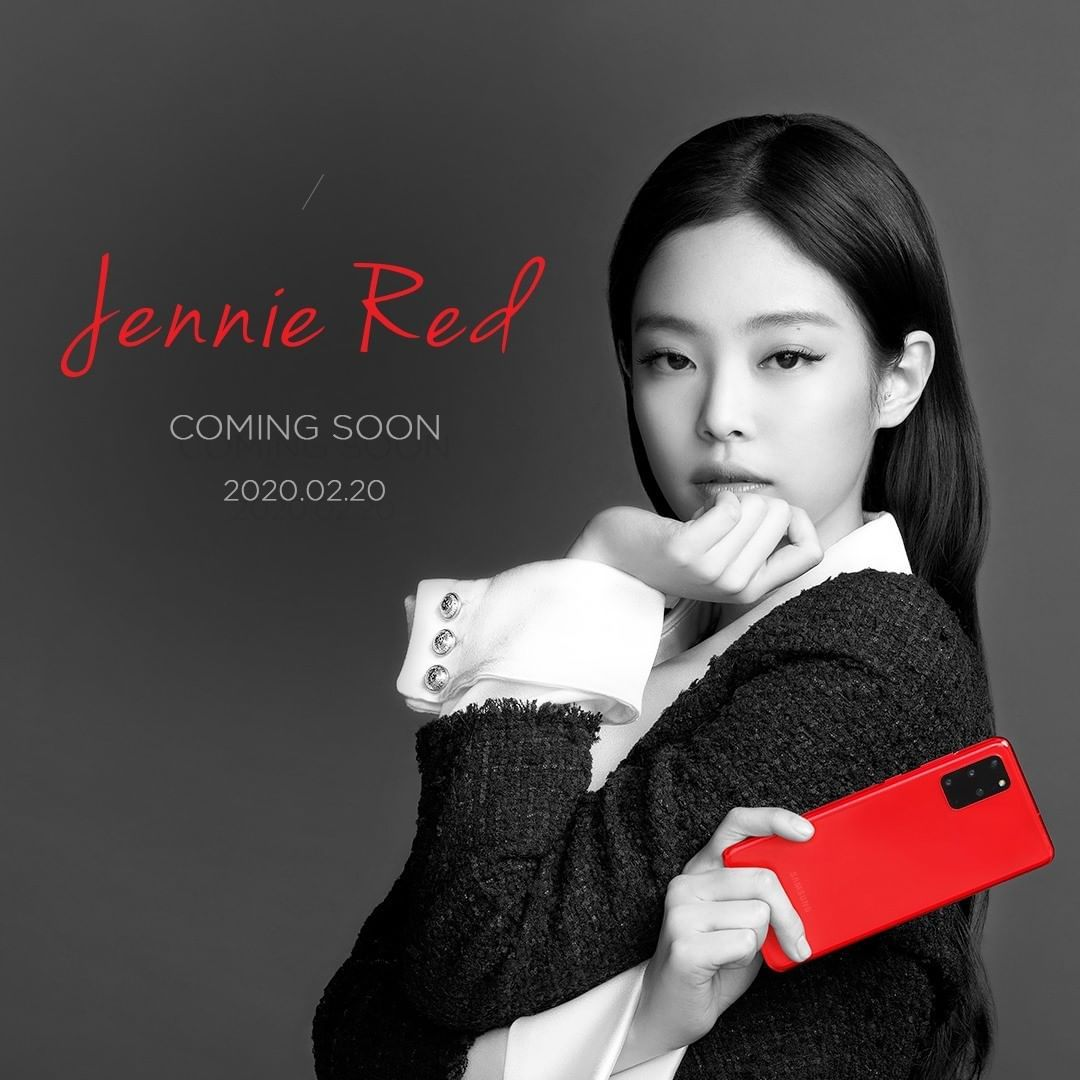 Galaxy S20+ hero 2 Jennie Red