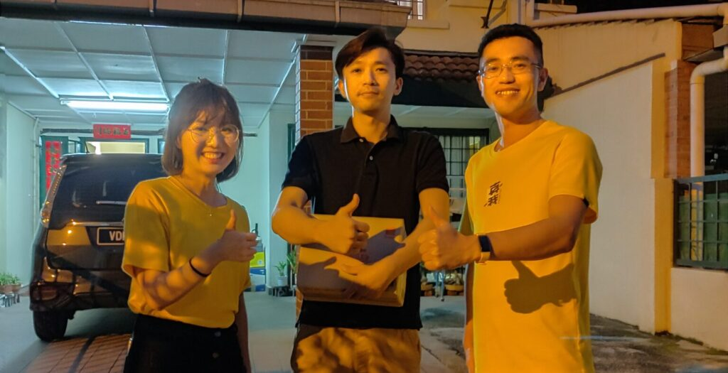 realme c3 CEO Tiffany and customer
