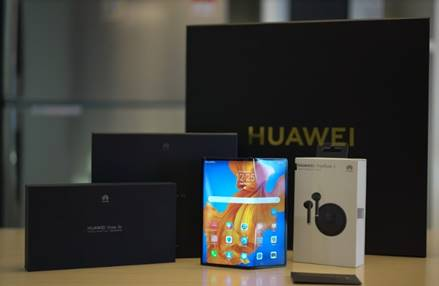 Get your spanking new Huawei Mate Xs sent to your doorstep with VIP home delivery