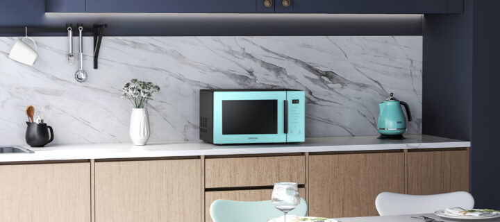 Colour up your life and your home kitchen with these Samsung Colour Series Grill microwave ovens in Clean Pink and Clean Mint