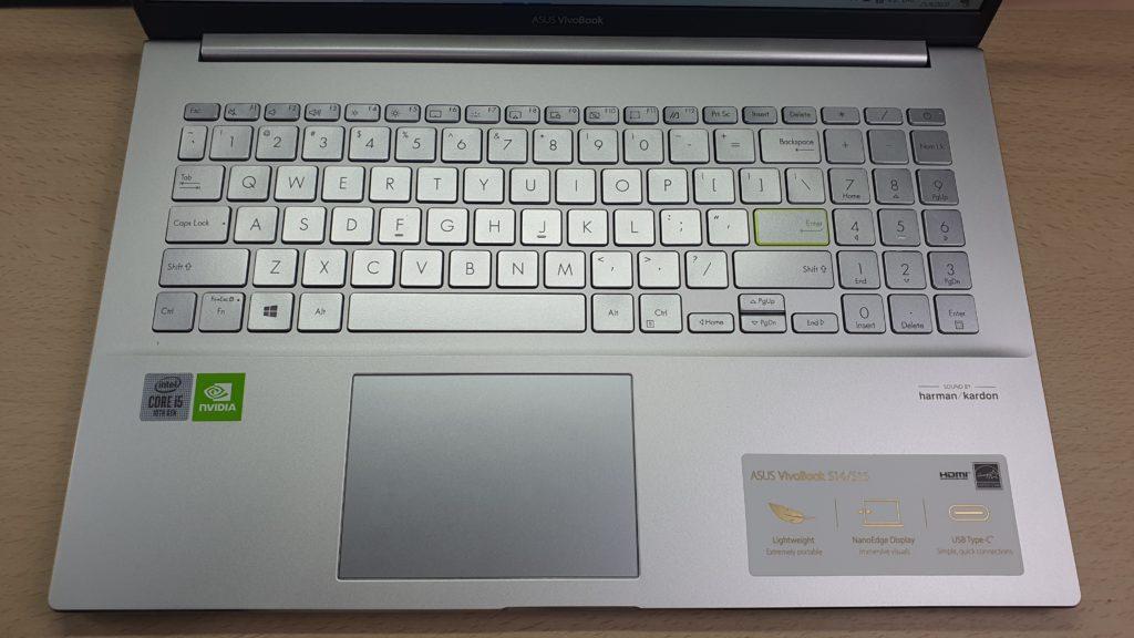 ASUS VivoBook S15 S533FA keyboard