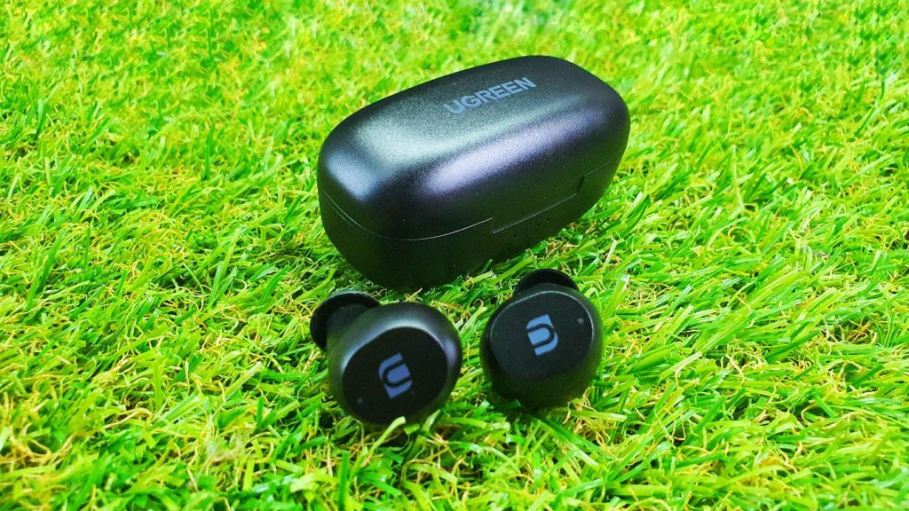 UGREEN WS102 True Wireless Stereo Earbuds Review angled