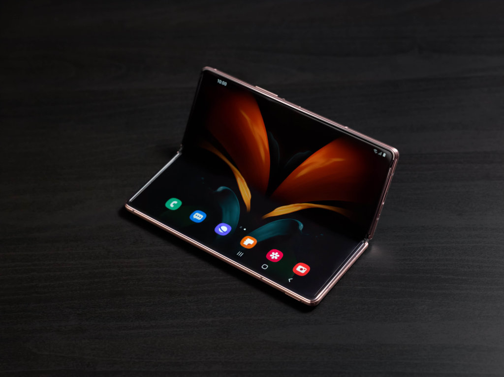 Samsung Galaxy Z Fold2  Flex mode