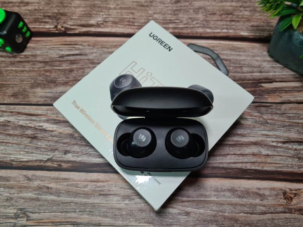 UGREEN HiTune WS100 True Wireless Stereo Earbuds top look