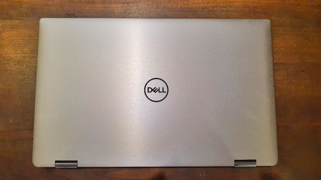 Dell Latitude 9510 2-in-1  top lid