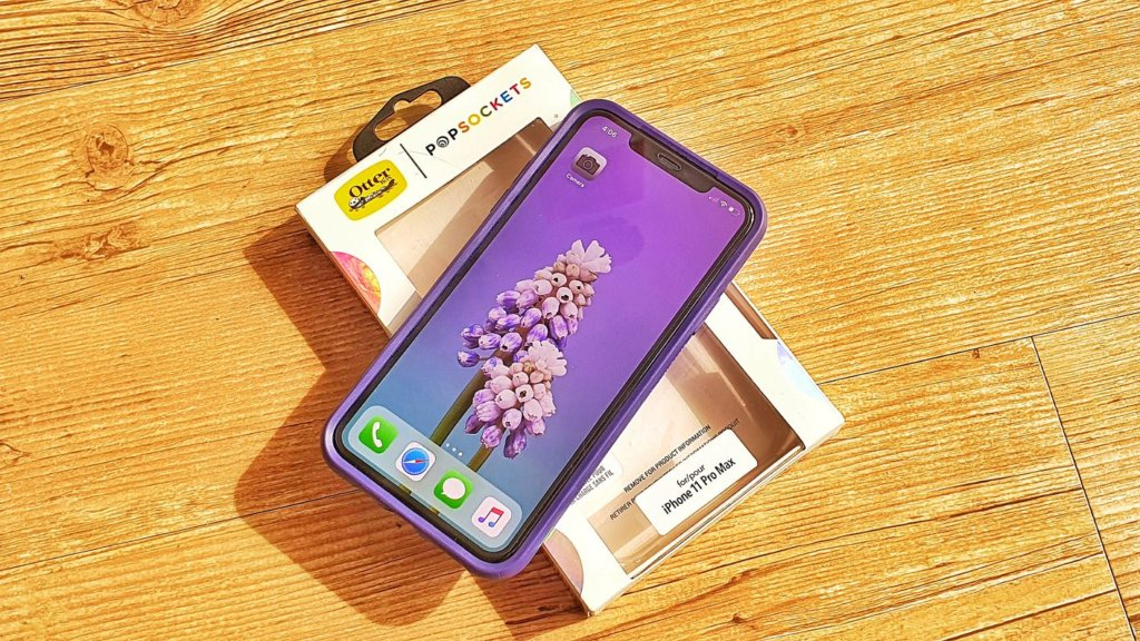 Otter Pop Symmetry Series for iPhone 11 Pro Max hero