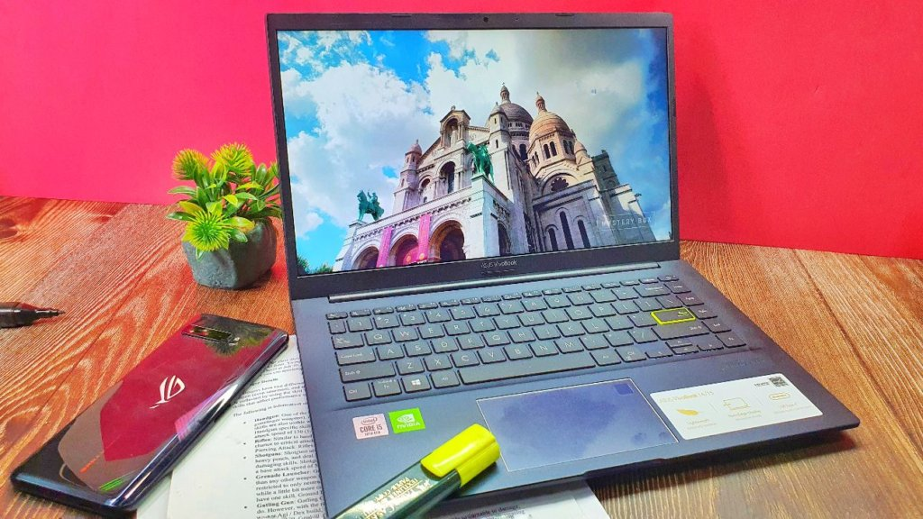 ASUS VivoBook A413F  front