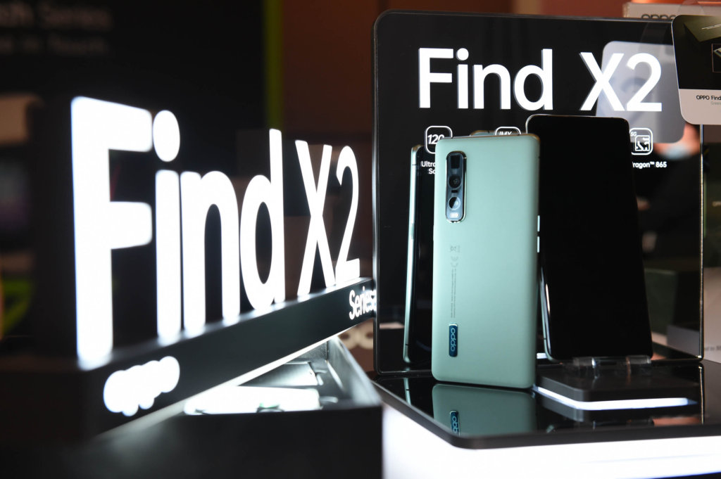 OPPO Find X2 green vegan leather